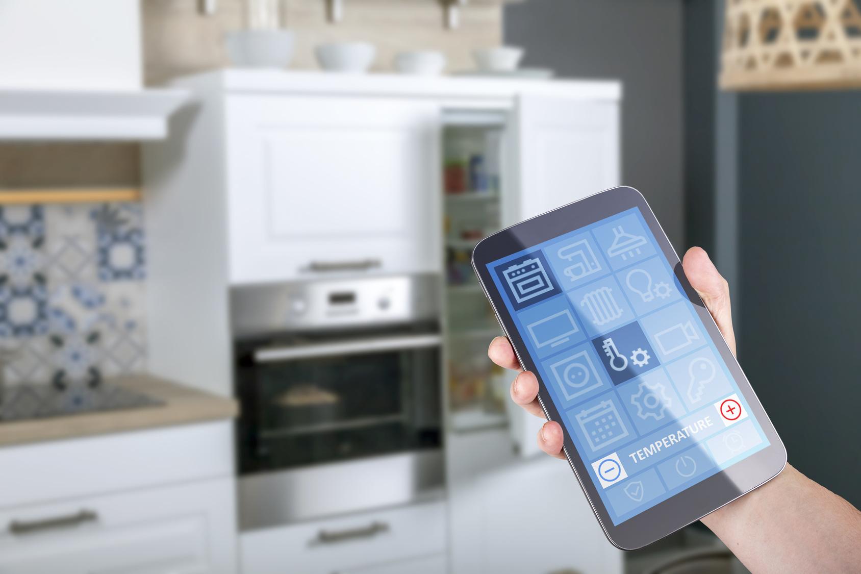 Mit Smart-Home-Technik den Energiebedarf drosseln Bild: Fotolia, © Herrndorff