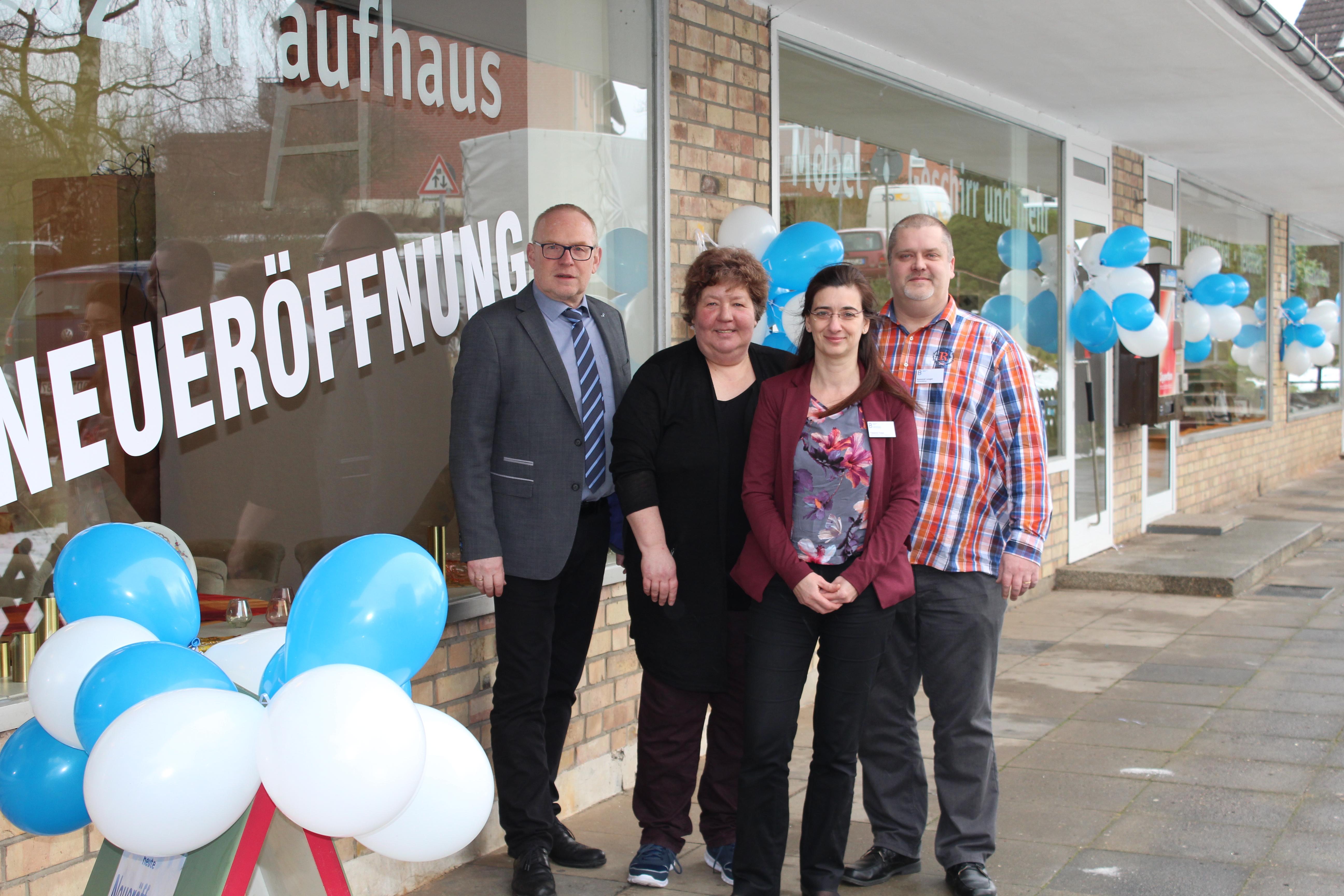 Sozialkaufhaus In Sereetz Eröffnet Wochenspiegel Online