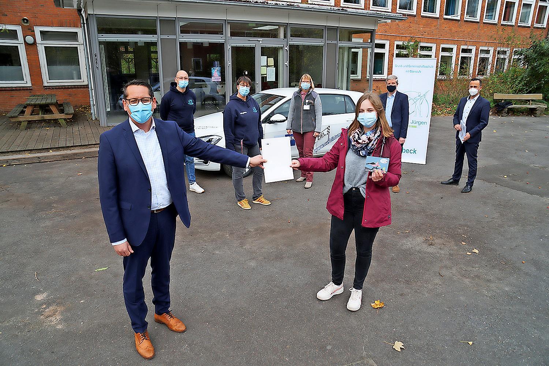 Lea Blum, Schülerin der GGS St.?Jürgen  besuchte drei Unternehmen und nahm damit an der Verlosung eines Preises von 1000 Euro teil.