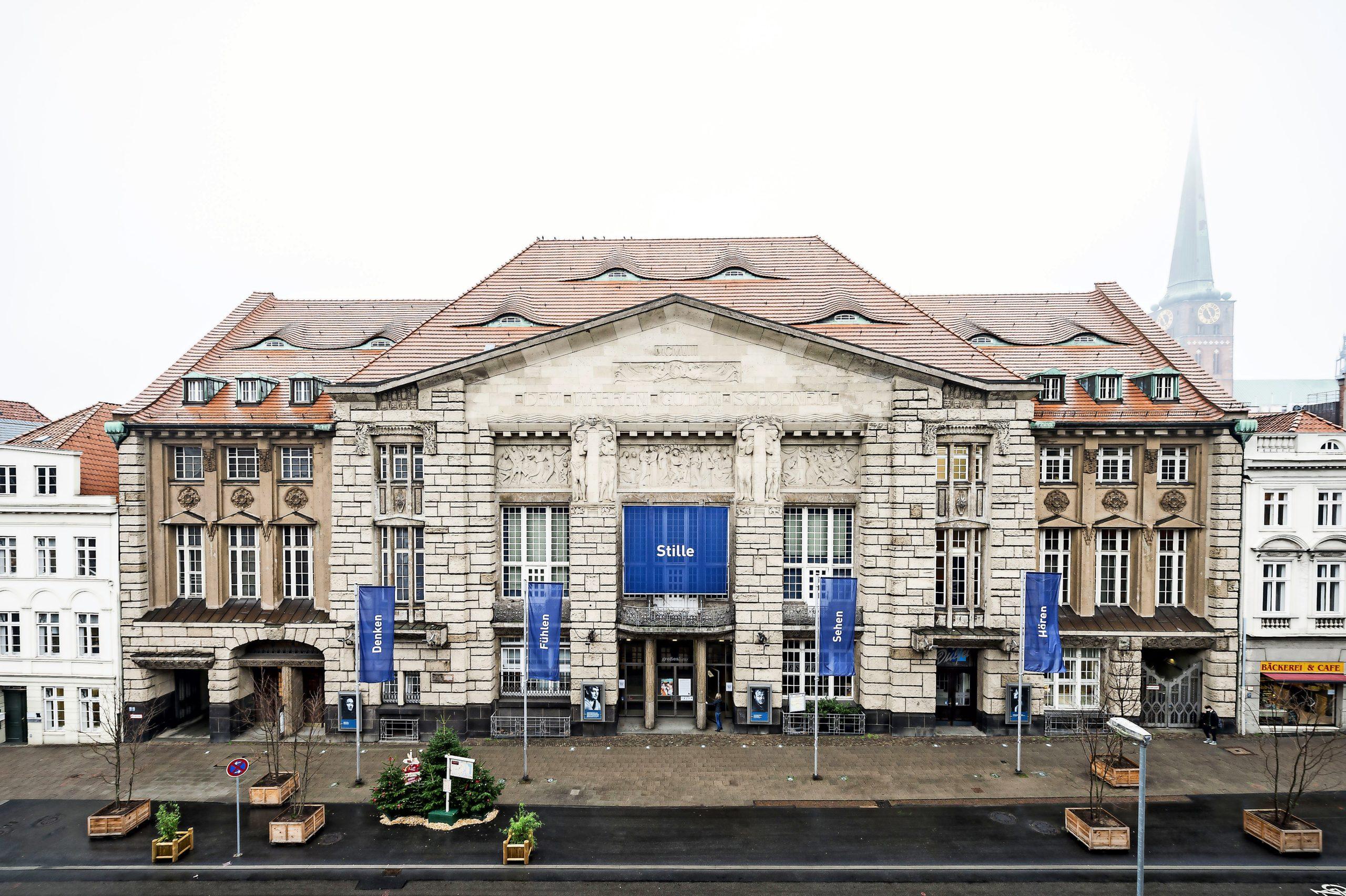 Um seinen Beitrag zur Eindämmung der Pandemie zu leisten, verlängert das Theater Lübeck die Spielpause bis 6. Januar 2021.