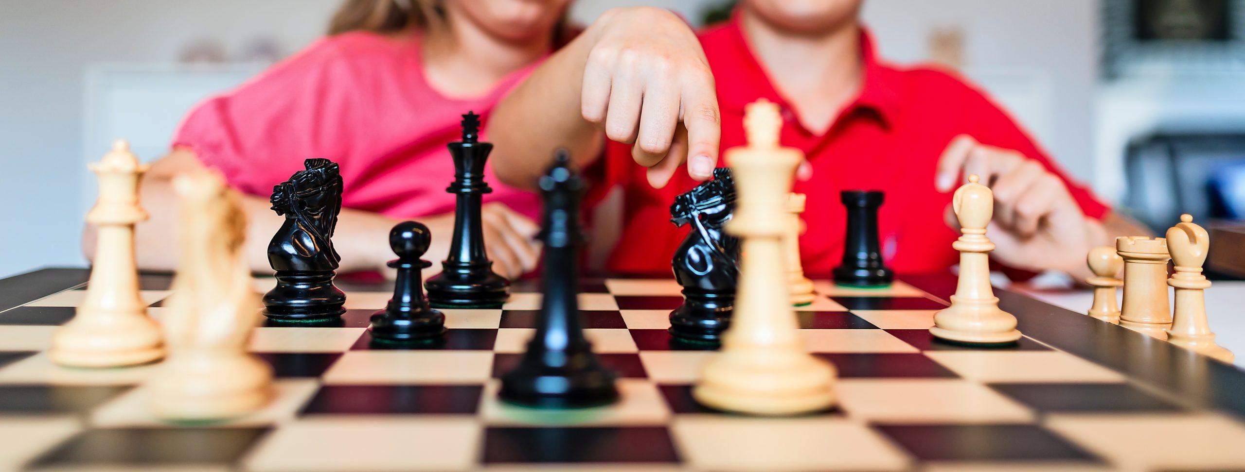 """Das Pilotprojekt """"Lübecker Schüler ans Brett – auch online!"""" vom Lübecker Schachverein soll die Schach-AG an Schulen ergänzen."""