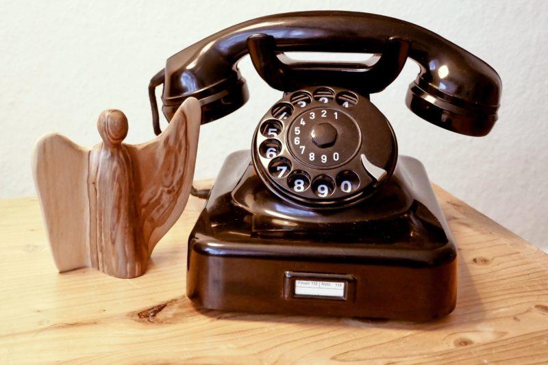 Der Kirchenkreis will eine Plattform schaffen, über die Menschen per Telefon miteinander ins Gespräch kommen.
