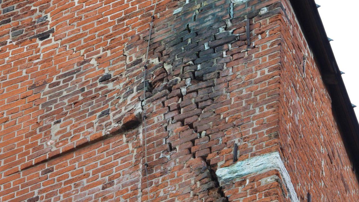Lange hatte die Dom-Kirchengemeinde gewartet – jetzt wurde der Voruntersuchungsbericht zur Sanierung der Domtürme vorgestellt.