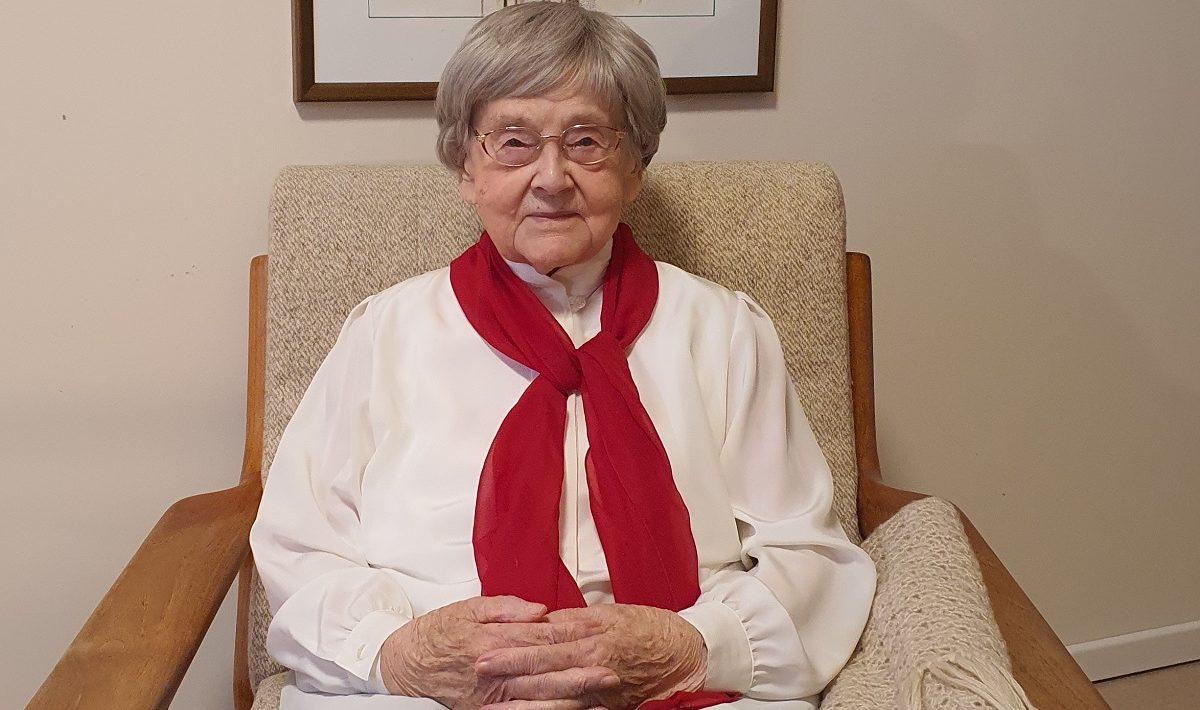 Stolze 105 Jahre alt wird Johanna Kühne am Samstag, 17. April 2021. Die Seniorin lebt im Pflegezentrum Travetal der Vorwerker Diakonie.