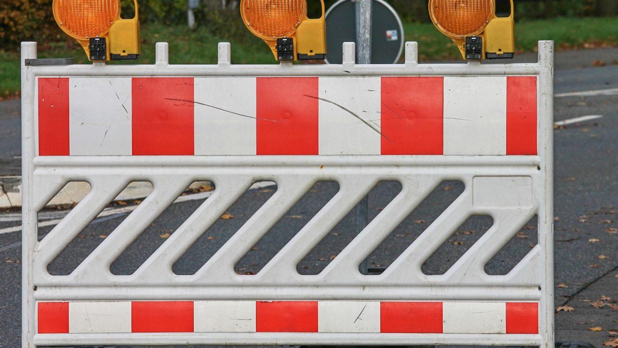 In der Kronsforder Allee 2 bis 6, muss die Abwasserleitung sofort repariert werden. Die Bauarbeiten werden am Montag, 3. Mai beginnen.