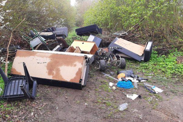 Illegale Müllhalden Lübeck Moisling