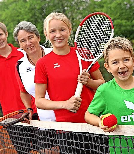 Die Tennisabteilung des TSV Ratekau veranstaltet am Sonnabend, 26.Juni, einen Tag der offenen Tür mit kostenlosem Schnuppertraining.