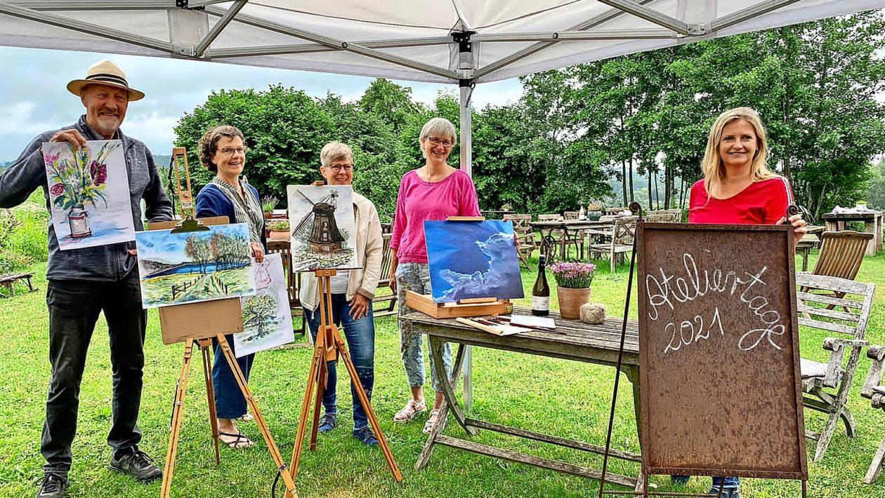 """Bei den """"Ateliertagen Holsteinische Schweiz"""" öffnen 25 Künstler und Kunsthandwerker in der Region ihre Türen und geben Einblick in ihre Werkstätten."""