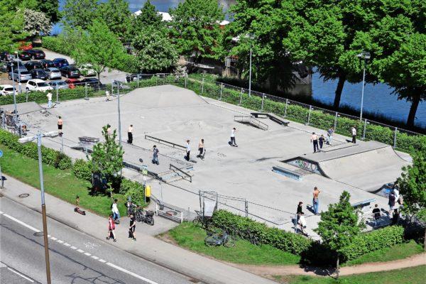 Wie bereits im Mai 2021 angekündigt muss der Skaterpark in der Kanalstraße dringend saniert werden. Im August ist es soweit.