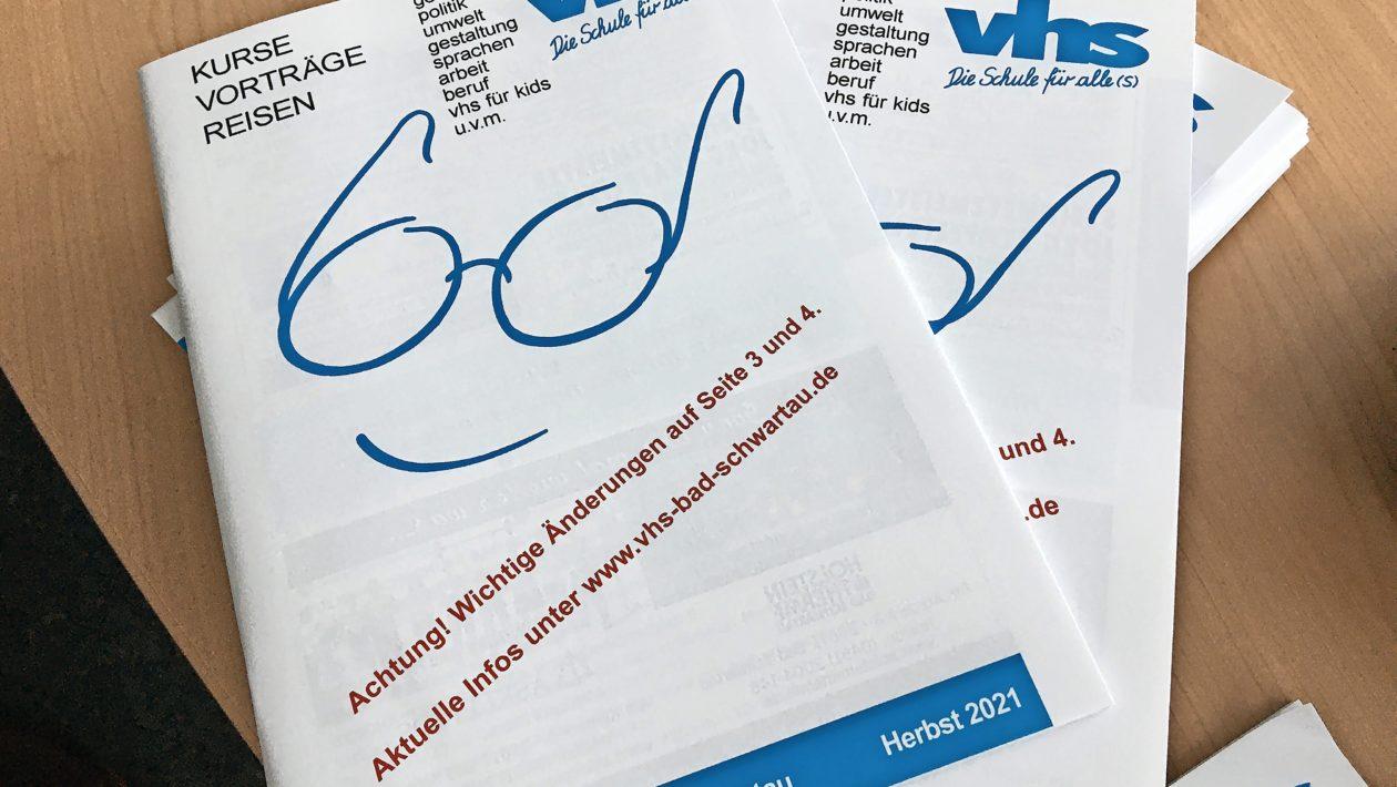 Das neue VHS-Programm Bad Schwartau ist erhältlich. Die Anmeldungen für das Herbstsemester der VHS Bad Schwartau beginnen bald.