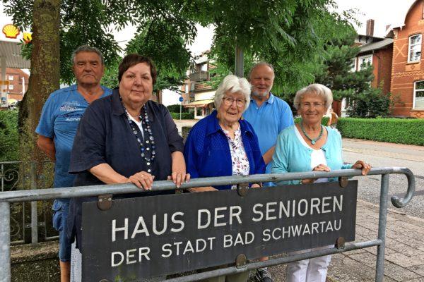 Wie bewerten Senioren in Bad Schwartau das Leben in ihrer Stadt? Der Seniorenbeirat ist mit Infoveranstaltungen auf dem Markt.
