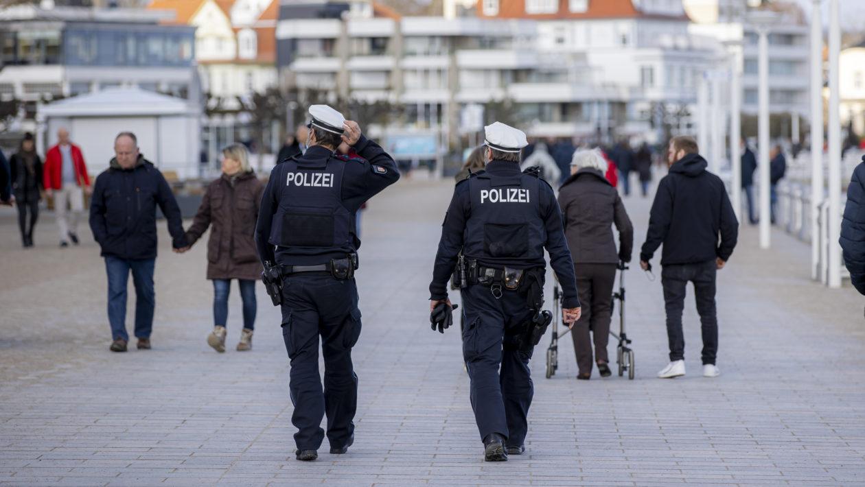 Travemünde Feiern Anwohner Polizei