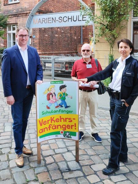Schulstart Lübeck ABC-Schützen Elterntaxis