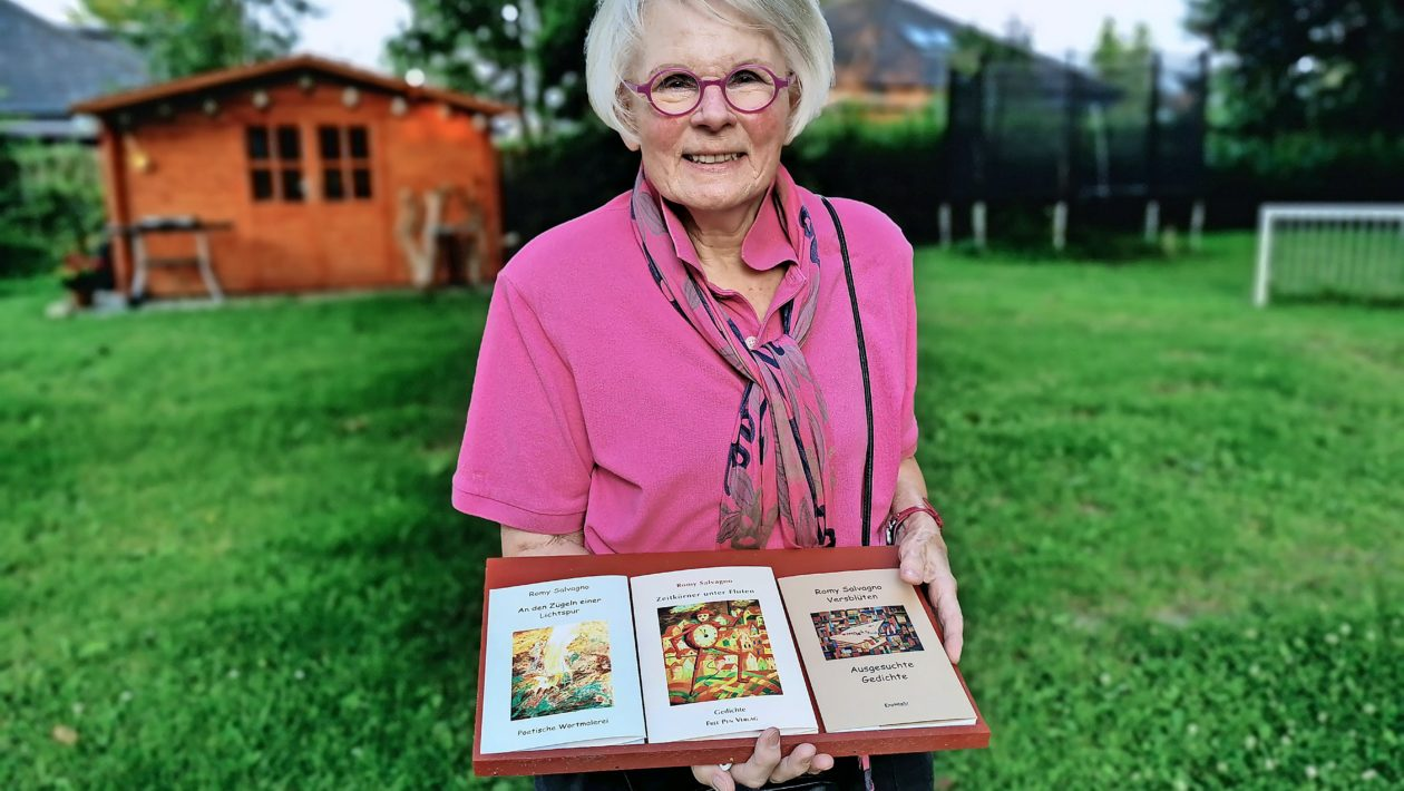 """Am Sonnabend, 21. August, findet eine Lesung mit Romy Salvagno im Garten des Jugendzentrums """"Die Villa"""" in Stockelsdorf statt"""